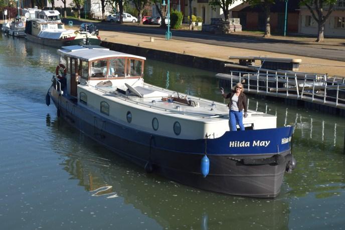 'Hilda May' leaving Moissac