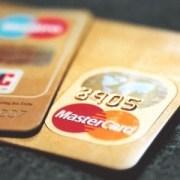 Kartengebühren geraten in Europa unter Druck.