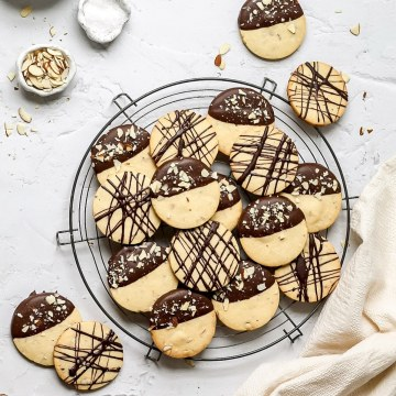 close up of chocolate almond shortbread cookies