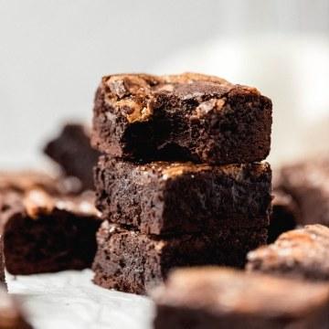 close up shot of chewy halva brownies