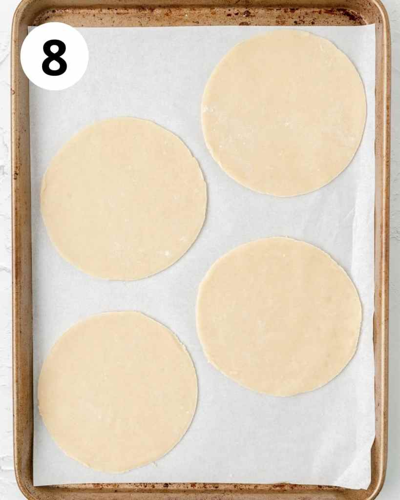 circles of pie dough for mini galettes