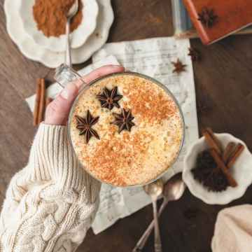 close up of brown sugar pumpkin spice latte