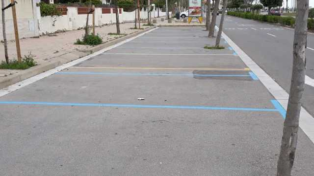 Zona completamente vacía de la zona azul en Castelldefels