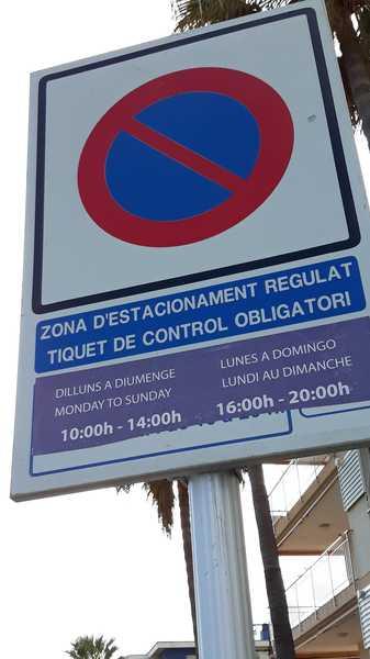 Zona de estacionamiento regulado