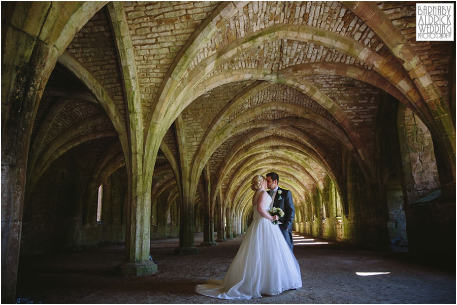 Wedding Photos At Fountains Abbey Near Ripon Annie Jason