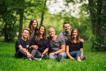 Barnett-Photography-Kelowna-Family-Photographers-1-7