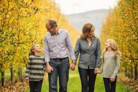 Barnett-Photography-Kelowna-Family-Photographers-1