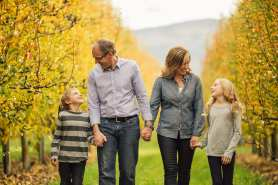 Barnett-Photography-Kelowna-Family-Photographers-1