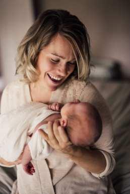 Kelowna-Newborn-Photographers-Barnett-Photography-1-6