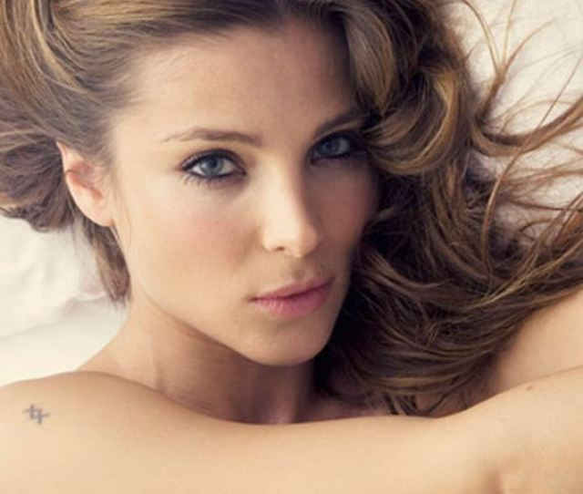Elsa Lafuente Medianu Known Professionally As Elsa Pataky Is A Spanish Model Actress And Film Producer