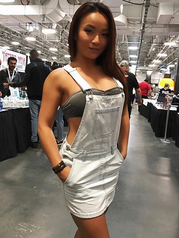 30 Hot Girls In Overalls Barnorama