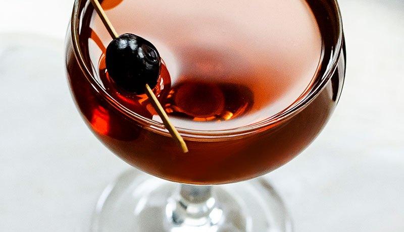 rob-Roy-Scotch-Whisky-Cocktail-Recipe