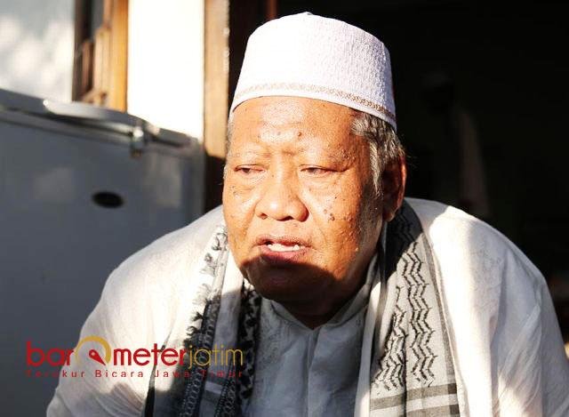 PILIH KHOFIFAH: KH Taufiqurrachman, lebih memilih Khofifah meski Parpolnya, PKB mengusung Gus Ipul di Pilgub Jatim 2018. | Foto: Barometerjatim.com/ROY HASIBUAN