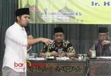 SESER MALANG RAYA: Cawagub Emil Elestianto Dardak saat menghadiri acara terkait Pancasila di Malang, Selasa (29/5) malam. | Foto: Barometerjatim.com/ROY HASIBUAN