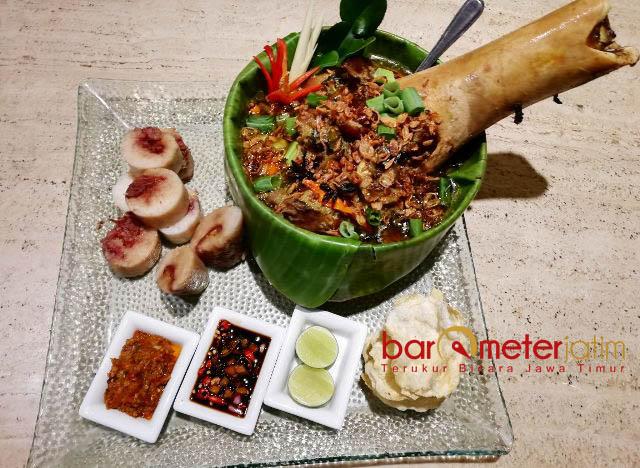 PENGEMBALI STAMINA: Tengkleng kurma, menu khas Timur Tengah yang bisa mengembalikan stamina saat puasa. | Foto: Barometerjatim.com/ WIRA HARLIJADI