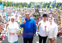 KEMBALI TURUN KE JATIM: SBY saat kampanye akbar di Jombang untuk pasangan Khofifah-Emil Dardak. | Foto: Barometerjatim.com/DOK