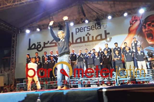 Aji Santoso saat launching tim Persela untuk Liga 1 2019.   Foto: Barometerjatim.com/dani iqbaal