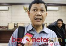 JIWA BESAR: Otman Ralibi, minta Cak Anam berjiwa besar terkait sengketa Astranawa . | Foto: Barometerjatim.com/ROY HS