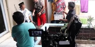 PEMBUATAN FILM: Proses produksi film Kartolo Numpak Terangbulan. | Foto: Barometerjatim.com/SMK Dr Soetomo