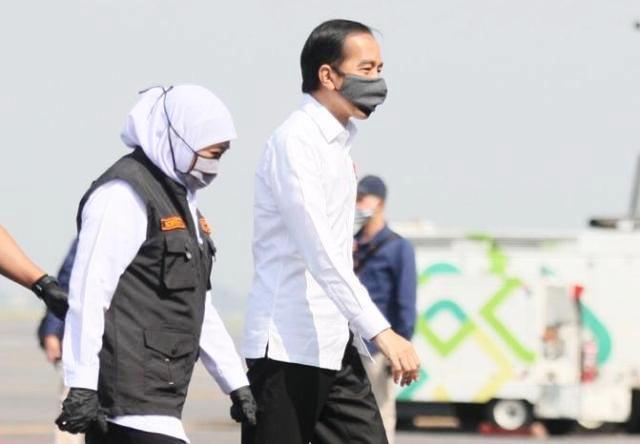 KENDALIKAN CORONA: Khofifah akan berupaya semaksimal mungkin menyambut deadline dari Jokowi. | Foto: IST
