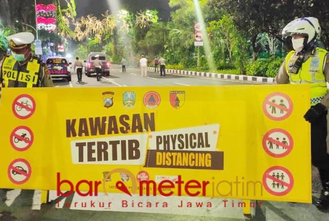 CORONA MASIH TINGGI: Penutupan Jalan Raya Darmo Surabaya dan dua ruas jalan lain mulai Jumat (3/7/2020). | Foto: Barometerjatim.com/IST