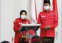 SIAP JURKAM: Tri Rismaharini alias Risma dan Ketua DPC PDIP Surabaya, Adi Sutarwijono. | Foto: Barometerjatim.com/ROY HS