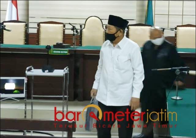 3 TAHUN PENJARA: Bupati nonaktif Sidoarjo, Saiful Ilah usai divonis tiga tahun penjara dalam perkara suap. | Foto: Barometerjatim.com/ABDILLAH HR