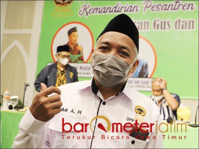 EKONOMI PESANTREN: KH Fahmi Amrullah Hadzik, waktunya untuk bangkit menghidupkan ekonomi pesantren. | Foto: Barometerjatim.com/ROY HS