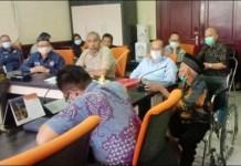 TEMPUH JALUR HUKUM: Hearing Komisi A DPRD Surabaya soal sengketa lahan rumah pompa Semolowaru 1. | Foto: IST
