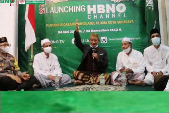 NUZULUL QUR'AN: Gus Ali saat mengisi tausiyah memperingati Nuzulul Qur'an di kantor PCNU Surabaya. | Foto: Barometerjatim.com/ROY HS