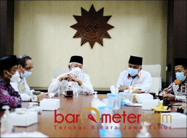 SILATURAHMI KEBANGSAAN: PKS Jatim melakukan sulaturahmi kebangsaan dengan PW Muhammadiyah Jatim. | Foto: Barometerjatim.com/ROY HS