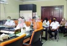 HEARING: Komisi A DPRD Surabaya melakukan hearing dengan Bagian Umum Pemkot. | Foto: Barometerjatim.com/IST