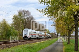 Intercity 2-Unterwegs-nach-Emden