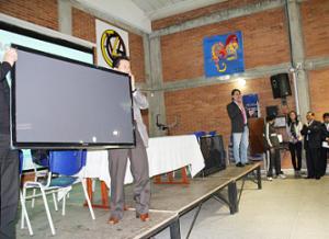 Dotación a colegios de Antonio Nariño