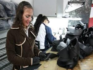 Zapatos para niños de Ciudad Bolívar