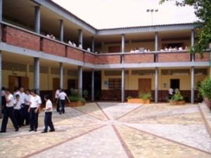 Cuidado con el colegio