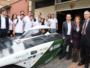 Primavera vehículo solar colombiano