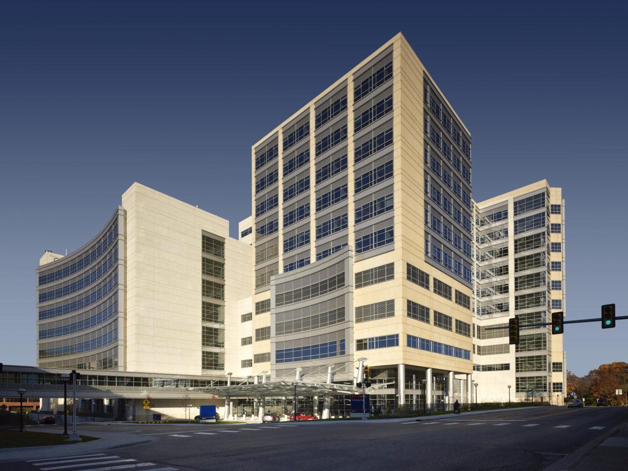 UM_C.S. Mott Hospital_Building Exterior