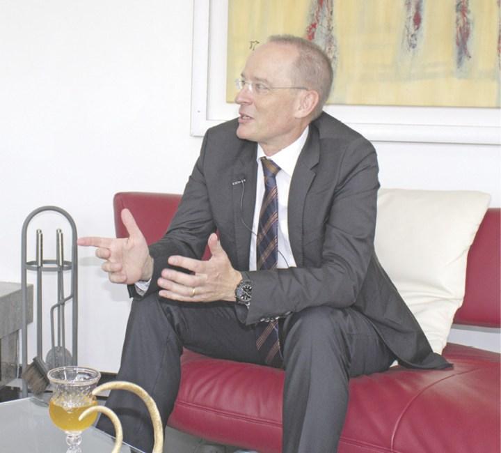 Ein Gespräch zwischen Verfassungsfreund und Verfassungsrechtler über das Covid-19-Gesetz