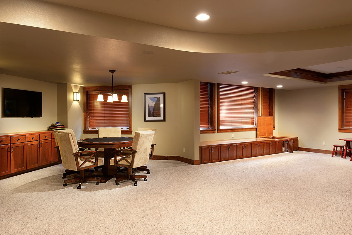 tray ceiling rope lighting. The Family Room Features A Built-in Projector Screen, Custom Crown Molding And Rope Lighting At Tray Ceiling Raised Seating Area For