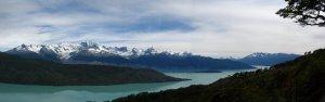 IMG_2237_Lago_OHiggens_met_links_Glaciar_Isabel
