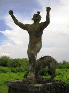 IMG_4168_Monument_ter_nagedachtenis_aan_de_Indianen_die_ter_dood_gebracht_werden_mbv_killerdogs