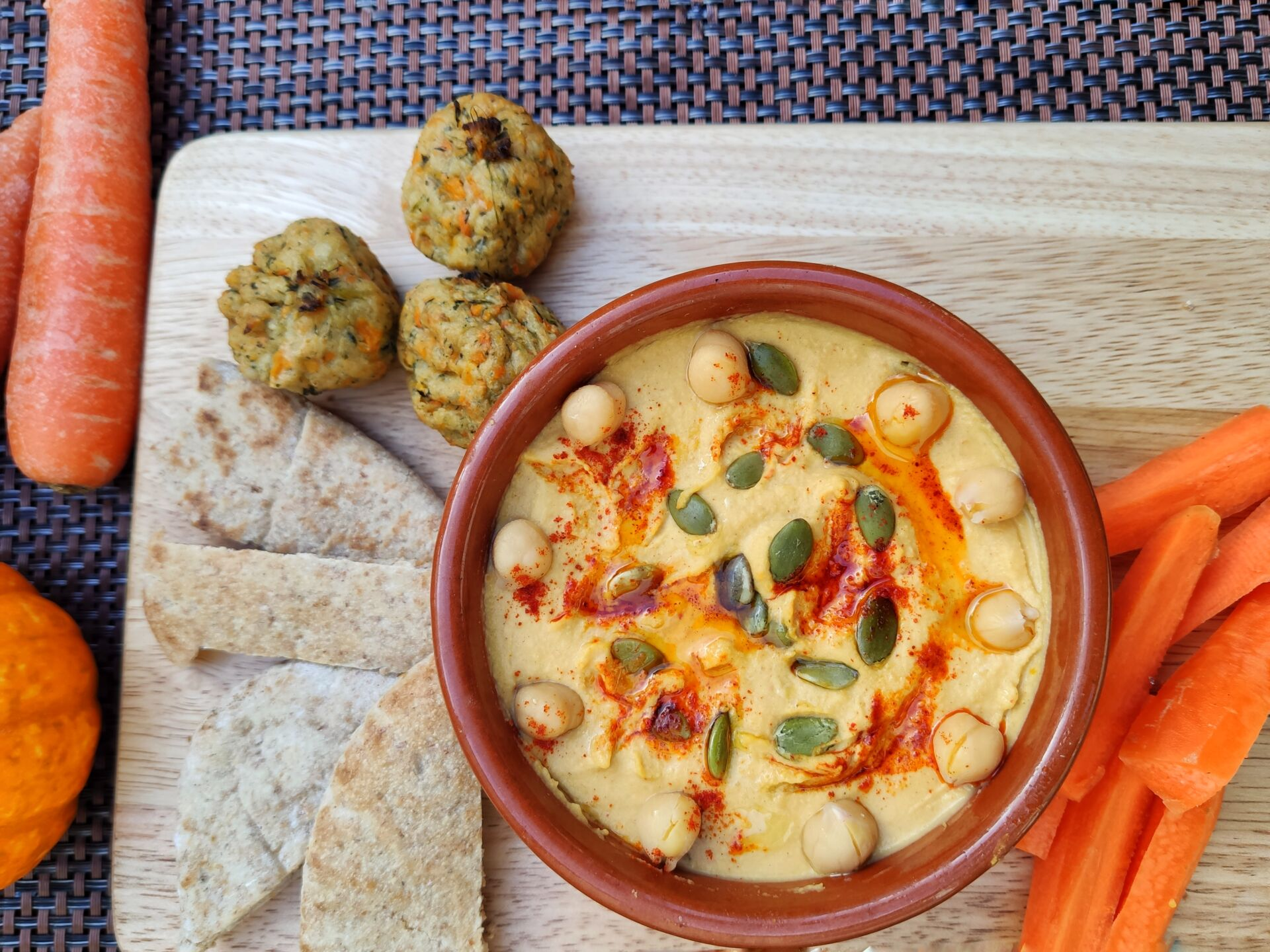 Chilli Pumpkin Hummus (Ve)