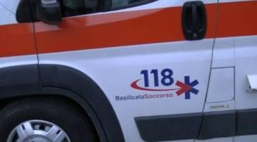 Ambulanza del 118 coinvolta in incidente stradale sulla Tito-Brienza