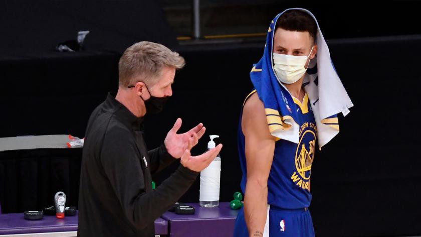 Cosa sta rendendo frustrante la stagione degli Warriors per Steve Kerr?