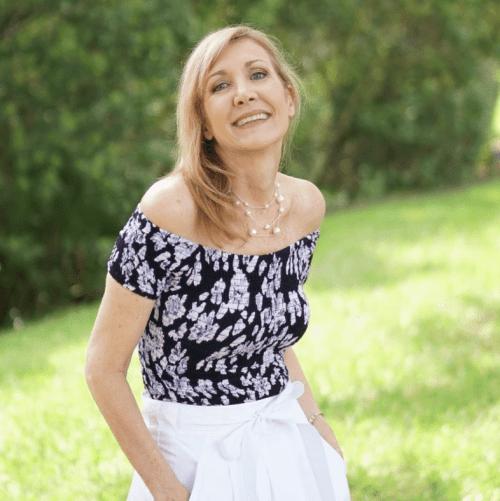 Nina of Sharing a Journey
