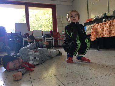 Enfants déguisés Halloween de l'association Bas les Masques