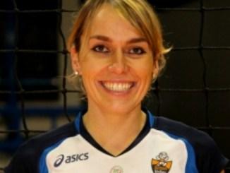School Volley Bastia F/B2, Lucia Marcacci sale in cattedra