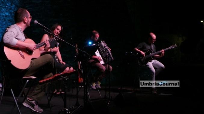 Acoustic 4 ad AcousticRoccaFestival a Bastia Umbra, un quartetto bastiolo