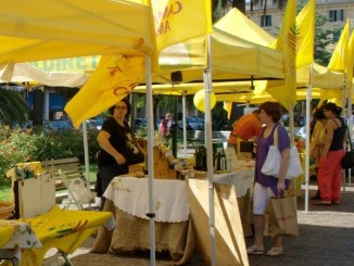 Campagna Amica gradimento popolare ha accolto mercato a Bastia 2